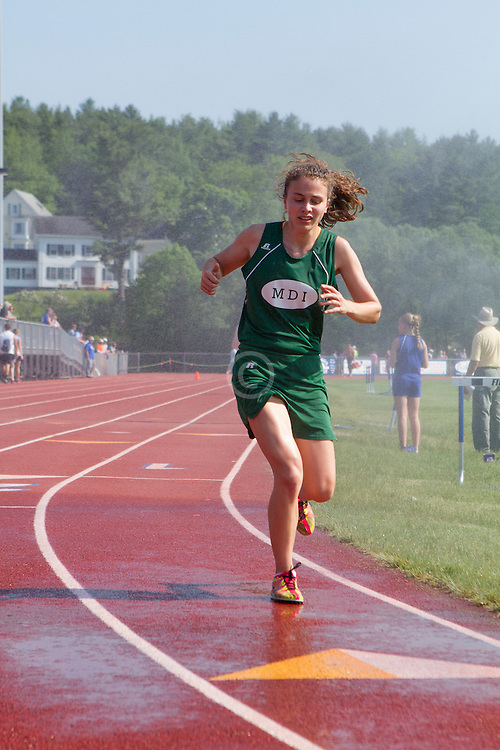 girls 3200 meters, Maine State Track & FIeld Meet - Class B