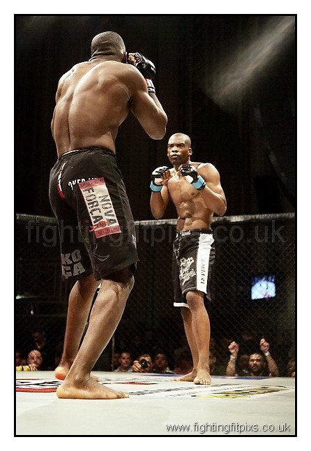 12- Edgleson Lua v Jamaine Facey.UCMMA Invincible..Troxy Theatre, London, England.7-8-2010