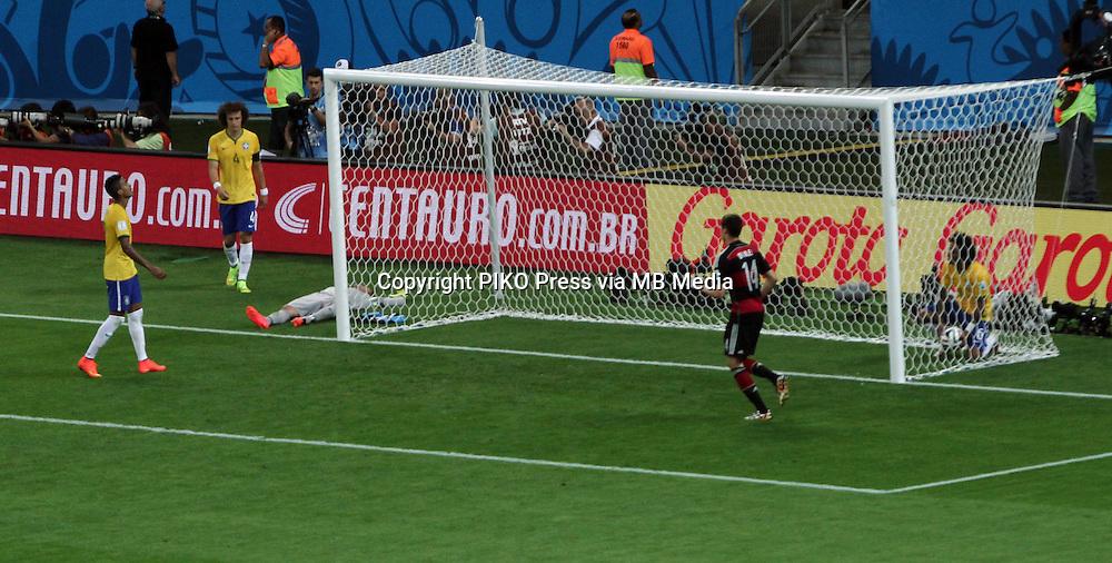 Fifa Soccer World Cup - Brazil 2014 - Semi-finals - <br /> BRAZIL (BRA) Vs. GERMANY (GER) - Estadio Mineirao Belo Horizonte -Brazil (BRA) - 08 July 2014 <br /> Here Brazilian players David Luiz and GK Jefferson. German player Julian DRAXLER.<br /> © PikoPress