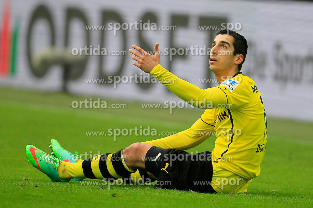 01.03.2014, Signal Iduna Park, Dortmund, GER, 1. FBL, Borussia Dortmund vs 1. FC Nuernberg, 23. Runde, im Bild Henrikh &quot;Micki&quot; Mkhihtaryan (Borussia Dortmund #10) enttaeuscht am Boden // during the German Bundesliga 23th round match between Borussia Dortmund and 1. FC Nuernberg at the Signal Iduna Park in Dortmund, Germany on 2014/03/01. EXPA Pictures &copy; 2014, PhotoCredit: EXPA/ Eibner-Pressefoto/ Schueler<br /> <br /> *****ATTENTION - OUT of GER*****