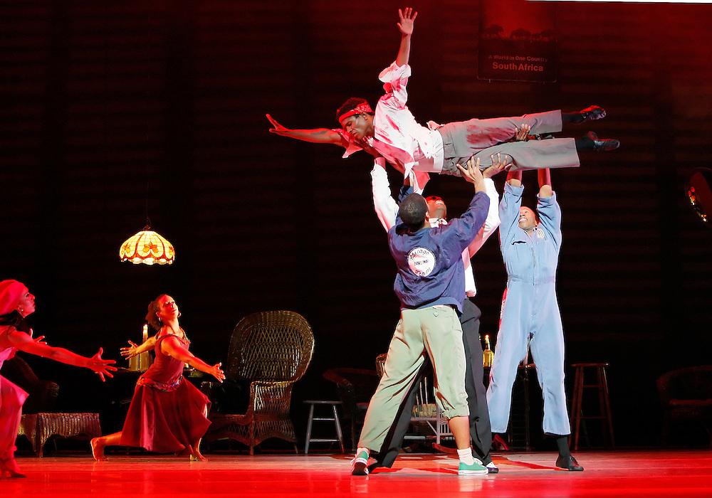 Masekela Langage.(second cast).Alvin Ailey American Dance Theater.5/10/08.Credit Photo: Paul Kolnik.©2008 Paul Kolnik.212.362.7778 .studio@paulkolnik.com.www.paulkolnik.com