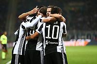 28.10.2017 - Milano - Serie A 2017/18 - 11a giornata  -  Milan-Juventus nella  foto: Gonzalo Higuain abbracciato dai compagni dopo il gol del 2 a 0