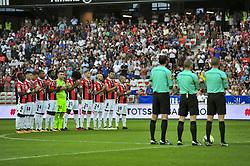 August 19, 2017 - Nice, France - Minute de silence en hommage aux victimes de l attentat de Barcelone - L Equipe de l OGC Nice (Credit Image: © Panoramic via ZUMA Press)