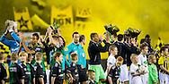 ARNHEM, Vitesse - FC Groningen, voetbal Eredivisie seizoen 2014-2015, 04-04-2015, Stadion de Gelredome, line-up spelers en arbitrale trio, scheidsrechter Bas Nijhuis (M).