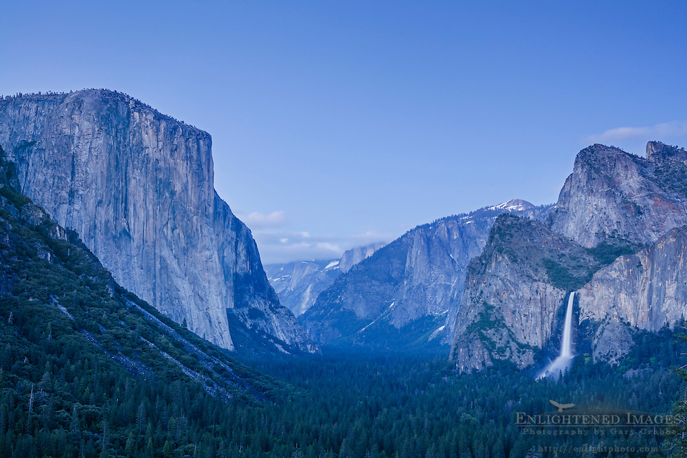 Evenligh light over Yosemite Valley from Tunnel View, Yosemite National Park, California