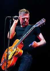 Bryan Adams Performs Live at the Hallam FM Arena Sheffield..12 MAY 2007.Copyright PAUL DAVID DRABBLE