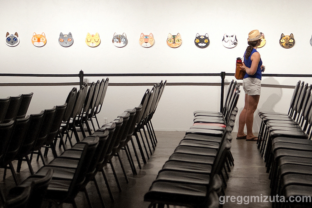 Viewing Julia Green's exhibit &quot;Meow Fellows: an art show about the Feline Society&quot; at the Visual Arts Collective, Garden City, Idaho, September 26, 2015.<br />
