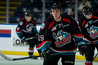 KELOWNA, CANADA - OCTOBER 5: Ethan Ernst #19 of the Kelowna Rockets warms up against the Victoria Royals  on October 5, 2018 at Prospera Place in Kelowna, British Columbia, Canada.  (Photo by Marissa Baecker/Shoot the Breeze)  *** Local Caption ***