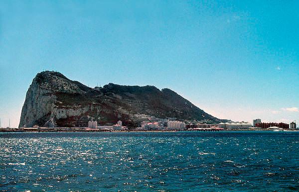 Spanje, Gibraltar, 8-6-2006De rots van Gibraltar in de middellandse zee.Britse kroonkolonie. Spanje wil de rots terug.Foto: Flip Franssen