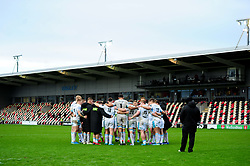 Glasgow Warriors huddle after the final whistle of the match - Ryan Hiscott/JMP - 25/10/19 - SPORT - Rodney Parade - Newport, Wales -