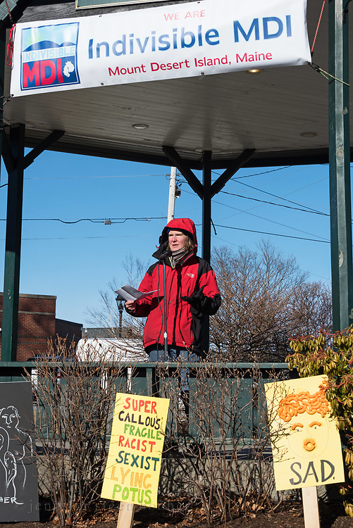 Bar Harbor, Maine, USA. 19 January, 2019. Mary Dudzik addresses the crowd gathered on the Village Green for the Women's March Bar Harbor, a sister march of the national Women's March.