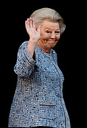 13-6-2017 AMSTERDAM - Princess Beatrix of the Netherlands is hosting the Silver Anniversary of the Prince Bernhard Culture Fund in the Royal Palace Amsterdam on Wednesday, June 14, 2017. The awards are awarded to Jan Buisman from The Hague, Elise Wessels - van Houdt from Amsterdam and Pieter Breuker from Feanwâlden. COPYRIGHT ROBIN UTRECHT<br /> <br /> 13-6-2017 AMSTERDAM - Prinses Beatrix der Nederlanden reikt woensdagochtend 14 juni 2017 de Zilveren Anjers van het Prins Bernhard Cultuurfonds uit in het Koninklijk Paleis Amsterdam. De onderscheidingen worden uitgereikt aan Jan Buisman uit Den Haag, Elise Wessels - van Houdt uit Amsterdam en Pieter Breuker uit Feanwâlden. COPYRIGHT ROBIN UTRECHT