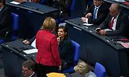 Bundeskanzlerin Angela Merkel (CDU) und Fraktionsvorsitzende B90 Die Gruenen im Bundestag Katrin Goering - Eckardt bei der Sitzung des Bundestag in Berlin. / 21112017,DEU,Deutschland,Berlin