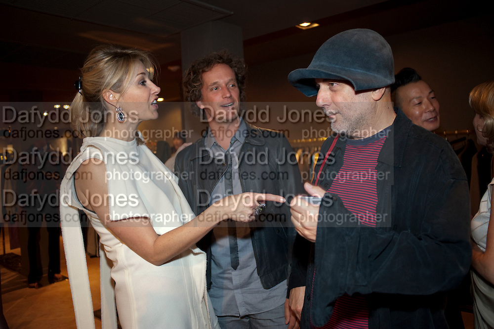 NADJA SWAROVSKI; YVES BEHAR; RON ARAD; - NADJA SWAROVSKI BOOK LAUNCH FOR ' THE ART OF LIGHT AND CRYSTAL. The Webster, . Miami Beach. 2 December 2010. -DO NOT ARCHIVE-© Copyright Photograph by Dafydd Jones. 248 Clapham Rd. London SW9 0PZ. Tel 0207 820 0771. www.dafjones.com.