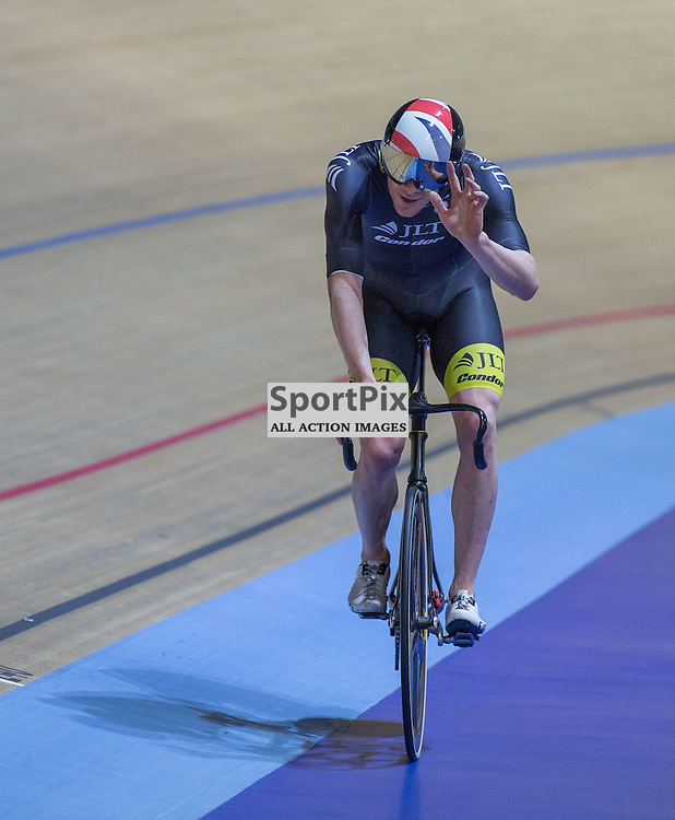 Ed Clancy acknowledges the crowd after winning the Men's Omnium Elimination race at the Revoultion Series 2015/6 Round 1 Derby, Day 2, on 15 August 2015 ( (Photo by Mike Poole - Photopoole)
