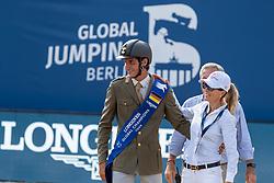 ZORZI Alberto (ITA), TOPS-ALEXANDER Edwina (AUS)<br /> Berlin - Global Jumping Berlin 2018<br /> Siegerehrung Longines Global Champions Tour<br /> Grand Prix of Berlin presented by Sapinda<br /> 28. Juli 2018<br /> © www.sportfotos-lafrentz.de/Stefan Lafrentz