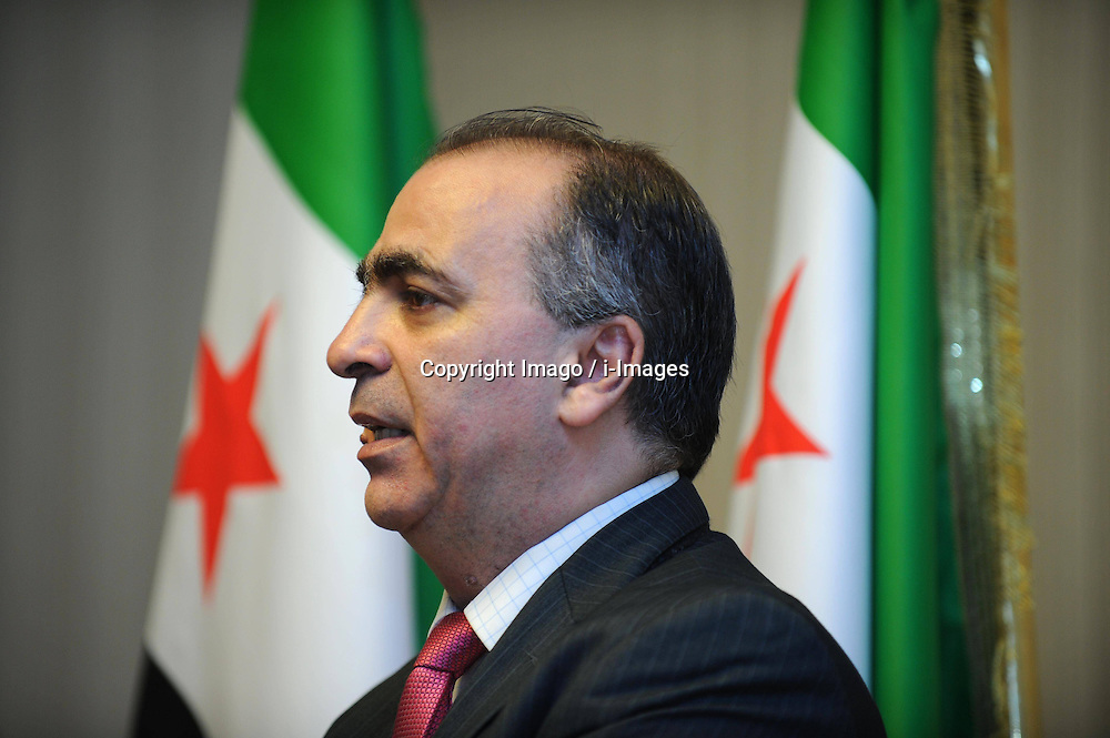 Walid al-Bunni, spokesman of the Istanbul-based Syrian opposition coalition, speaks during a press conference in Istanbul, Turkey, December 27, 2012. Photo by Imago / i-Images...UK ONLY