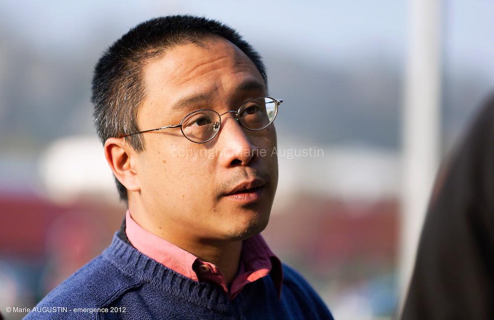 """Hoang Duc NGO TICH, chef opérateur - tournage scène libre """"Les Philosophes"""" de Guihem AMESLAND - emergence 2012"""