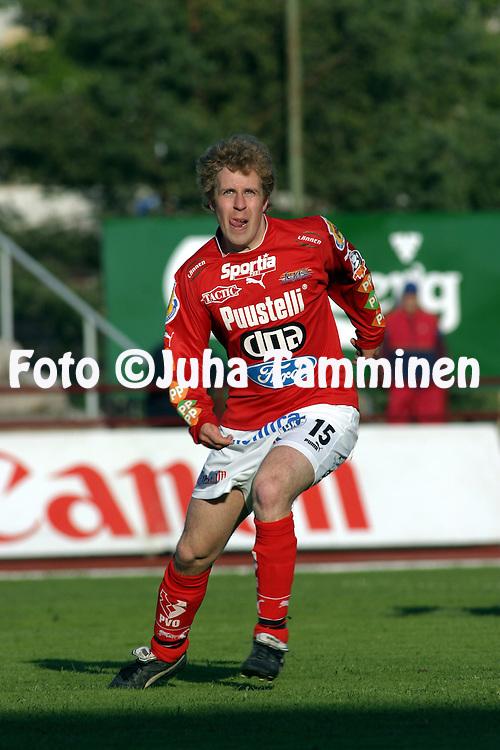 13.05.2004, Pori, Finland..Veikkausliiga 2004 / Finnish League 2004.FC Jazz v Tornion Pallo-47.Teemu Vihtil? - FC Jazz.©Juha Tamminen