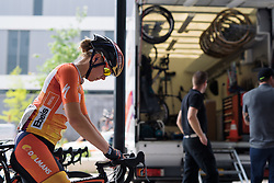 Demi de Jong gets ready to race at Boels Hills Classic 2016. A 131km road race from Sittard to Berg en Terblijt, Netherlands on 27th May 2016.