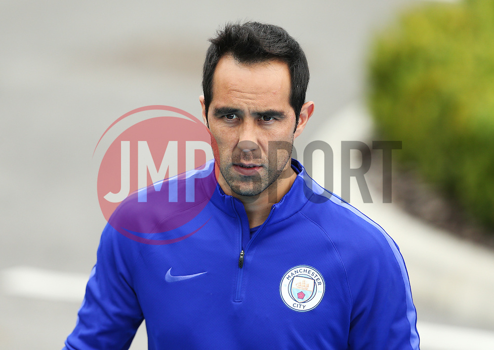 Claudio Bravo of Manchester City  - Mandatory by-line: Matt McNulty/JMP - 12/09/2016 - FOOTBALL - Manchester City - Training session ahead of Champions League Group C match against Borussia Monchengladbach