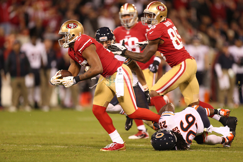 San Francisco 49ers wide receiver Michael Crabtree (15) in action against the Chicago Bears, during an NFL game on Monday Nov. 19, 2012 in San Francisco, CA.  (photo by Jed Jacobsohn)