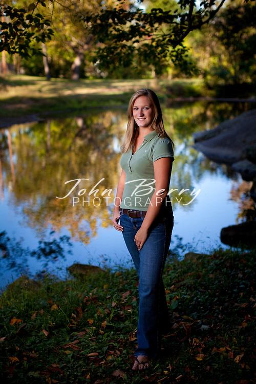 Vicki, Senior Photos.10/5/09