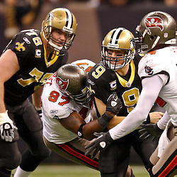 01-02-2011 Tampa Bay Buccaneers at New Orleans Saints