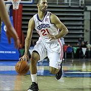 Delaware 87ers Guard Kendall Marshall (21) drives towards the basket in the first half of a NBA D-league regular season basketball game between Delaware 87ers and Idaho Stampede Thursday, Dec. 12, 2013 at The Bob Carpenter Sports Convocation Center, Newark, DE.<br /> <br /> The Lakers, are without the service of Kobe Bryant, Steve Nash, Jordan Farmar, not to mention Steve Blake all do to various injuries. However the lakers have signed D-League point guard Kendall Marshall to a contract according to a report from Yahoo Sports.