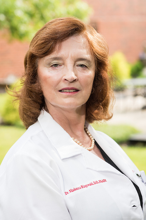 Hospitalist Madonna Ringswald, DO, FAAIM, photographed Wednesday, May 27, 2015 at Baptist Health in LaGrange, Ky. (Photo by Brian Bohannon/Videobred for Baptist Health)