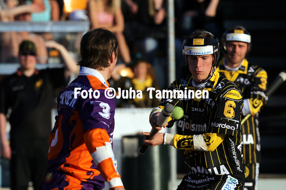 10.5.2011, Kouvola..Superpesis 2011, Kouvolan Pallonly?j?t  - Sotkamon Jymy..Anssi Lammila - KPL..