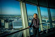 SCHIPHOL - Bezoek aan verkeerstoren op schiphol  door Minister Cora van Nieuwenhuizen van Infrastructuur en Waterstaat . ROBIN UTRECHT