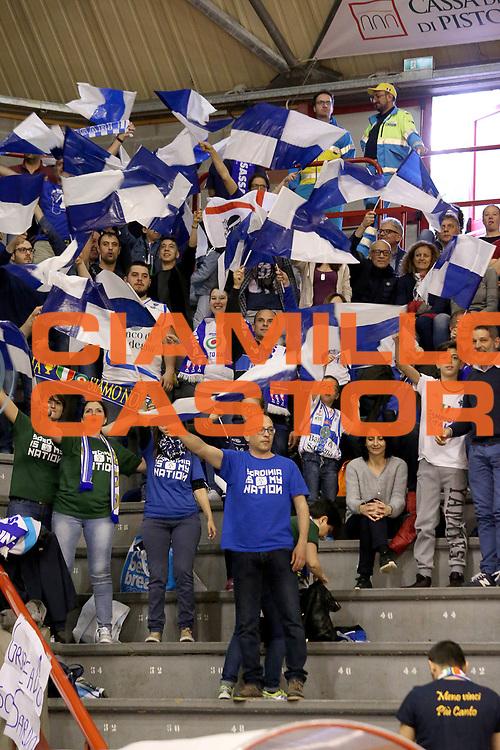 DESCRIZIONE : Campionato 2015/16 Giorgio Tesi Group Pistoia Banco di Sardegna Sassari<br /> GIOCATORE : Tifosi Sassari<br /> CATEGORIA : Pubblico Tifosi Ultras<br /> SQUADRA : Banco di Sardegna Sassari<br /> EVENTO : LegaBasket Serie A Beko 2015/2016<br /> GARA : Giorgio Tesi Group Pistoia - Banco di Sardegna Sassari<br /> DATA : 24/04/2016<br /> SPORT : Pallacanestro <br /> AUTORE : Agenzia Ciamillo-Castoria/S.D'Errico<br /> Galleria : LegaBasket Serie A Beko 2015/2016<br /> Fotonotizia : Campionato 2015/16 Giorgio Tesi Group Pistoia - Banco di Sardegna Sassari<br /> Predefinita :