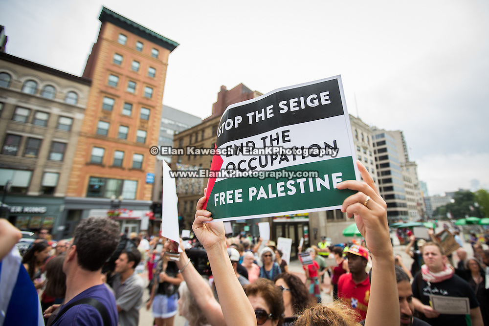 A pro-Palestinian protest is held outside of Park Street Station on July 19, 2014 in Boston, Massachusetts. (Photo by Elan Kawesch/The Times of Israel)
