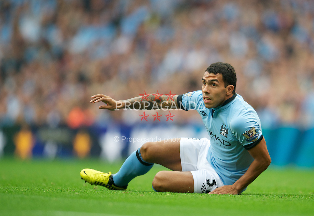 MANCHESTER, ENGLAND - Sunday, August 19, 2012: Manchester City's Carlos Tevez in action against Southampton during the Premiership match at the City of Manchester Stadium. (Pic by David Rawcliffe/Propaganda)