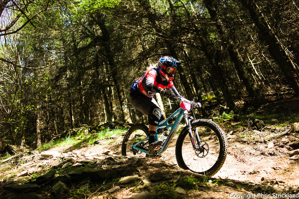 Innerleithen, Tweed Valley, Scotland, UK. 30th May 2015. Anita Gehrig in action at The Enduro World Series Round 3 taking place on the iconic 7Stanes trails during Tweedlove Festival. Mountain bikers come up against eight stages across two days, with an intense 2,695 metres of climbing over 93km. As well as the physicality of the liaisons, the stages themselves are technical, catching many off guard.