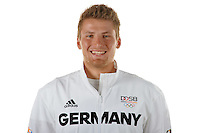 Tom Liebscher poses at a photocall during the preparations for the Olympic Games in Rio at the Emmich Cambrai Barracks in Hanover, Germany. July 04, 2016. Photo credit: Frank May/ picture alliance. | usage worldwide