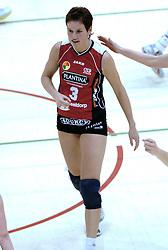05-03-2006 VOLLEYBAL: FINAL 4 DAMES:  HCC MARTINUS - PLANTINA LONGA: ROTTERDAM<br /> In een mooie finale was Martinus in 4 sets te sterk voor Longa / Nathalie Reulink<br /> Copyrights2006-WWW.FOTOHOOGENDOORN.NL