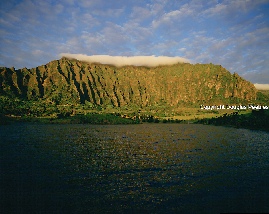 Ho'omaluhia, Ko'olau Mountains, Kaneohe, Oahu, Hawaii, USA<br />