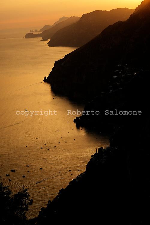 Praiano, Italia - Una veduta della costiera amalfitana al tramonto.<br /> Ph. Roberto Salomone