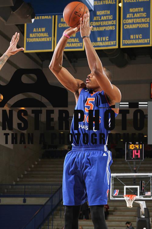 Westchester Knicks Forward DARION ATKINS (5) attempts a jump shot in the second half of a NBA D-league regular season basketball game between the Delaware 87ers and the Westchester Knicks Saturday Dec, 26, 2015 at The Bob Carpenter Sports Convocation Center in Newark, DEL