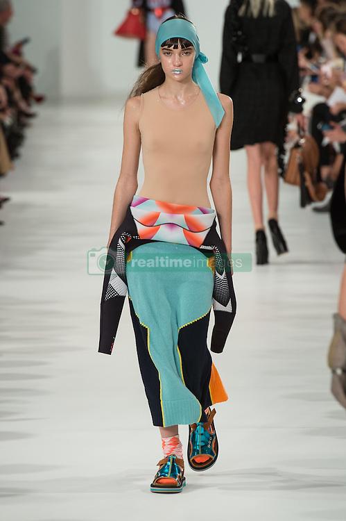 September 28, 2016 - Paris, France - womenswear ready to wear.prêt a porter.summer 2017.Maison Margiela (Credit Image: © Visual via ZUMA Press)