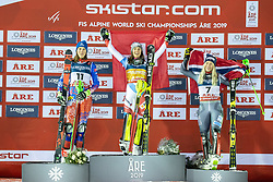 08.02.2019, Aare, SWE, FIS Weltmeisterschaften Ski Alpin, alpine Kombination, Siegerpräsentation, Damen, im Bild v.l.: Silbermedaillengewinnerin Petra Vlhova (SVK), Weltmeisterin und Goldmedaillengewinnerin Wendy Holdener (SUI), Bronzemedaillengewinnerin Corinne Suter (SUI) // f.l.: Silver medalist Petra Vlhova of Slovakia World champion and gold medalist Wendy Holdener of Switzerland Bronze medalist Ragnhild Mowinckel of Norway during the winner presentation for the ladie's alpine combination of FIS Ski World Championships 2019. Aare, Sweden on 2019/02/08. EXPA Pictures © 2019, PhotoCredit: EXPA/ Dominik Angerer