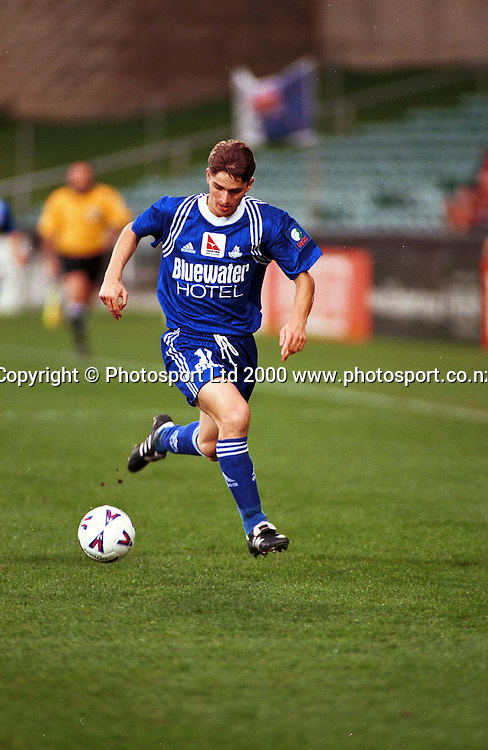 Paul Jackson (Napier) on the attack - Napier City Rovers v University-Mt Wellington at North Harbour Stadium, 3 September 2000. Qantas National Club Championships. Photo: Sandra Teddy/Photosport.co.nz