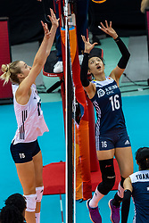 14-10-2018 JPN: World Championship Volleyball Women day 15, Nagoya<br /> China - United States of America 3-2 / Kimberly Hill #15 of USAXia Ding #16 of China