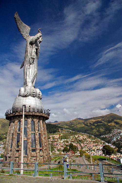 Americas, South America, Ecuador, Quito. The Virgin of Panecillo watches over Quito, A UNESCO WOrld Heritage Site.