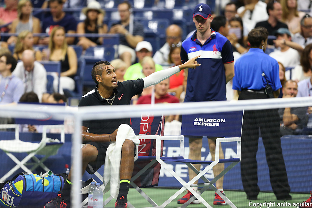 A. Murray d. N. Kyrgios 7-5 6-3 4-6 6-1
