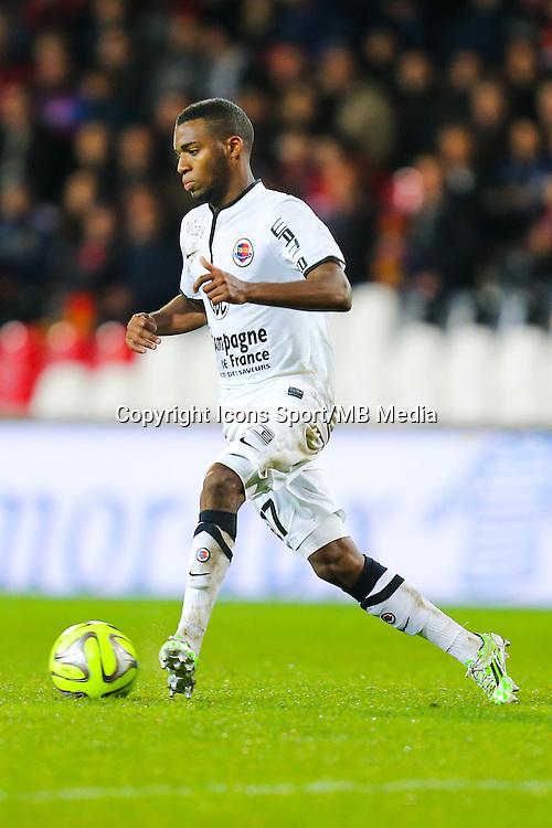 Thomas LEMAR  - 03.12.2014 - Guingamp / Caen - 16eme journee de Ligue 1 <br /> Photo : Vincent Michel / Icon Sport