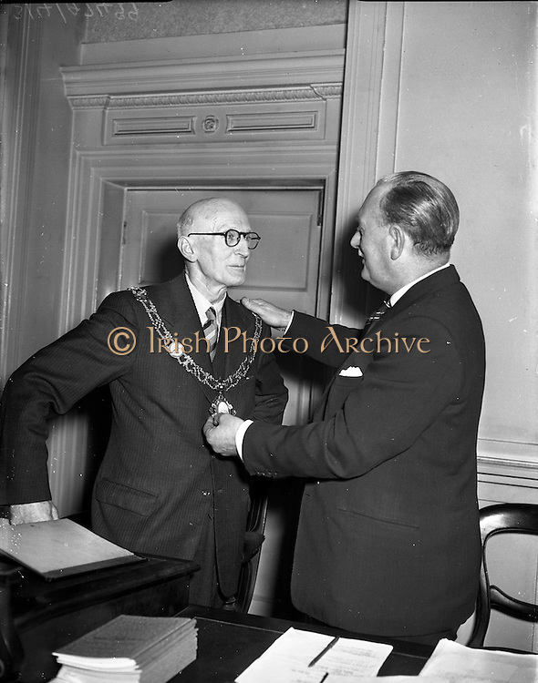 11/03/1957<br />