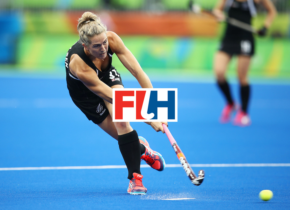 RIO DE JANEIRO, BRAZIL - AUGUST 10:  Stacey Michelsen of New Zealand in action during the Women's Pool A Match between Spain and New Zealand on Day 5 of the Rio 2016 Olympic Games at the Olympic Hockey Centre on August 10, 2016 in Rio de Janeiro, Brazil.  (Photo by Mark Kolbe/Getty Images)
